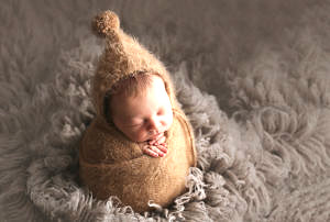 newborn photographer guildford surrey